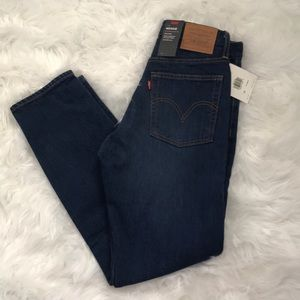 Levi's wedgie fit size 26 BRAND NEW WITH TAGS